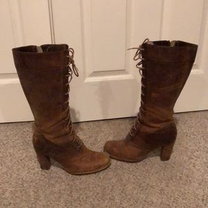 Vtg Frye Villager Lace up granny distressed boots